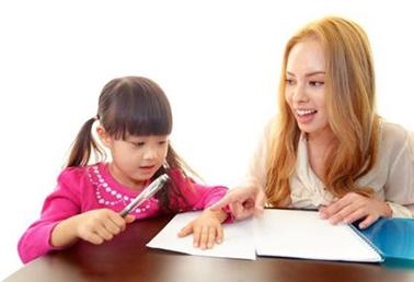 怎样引导孩子开口讲英语